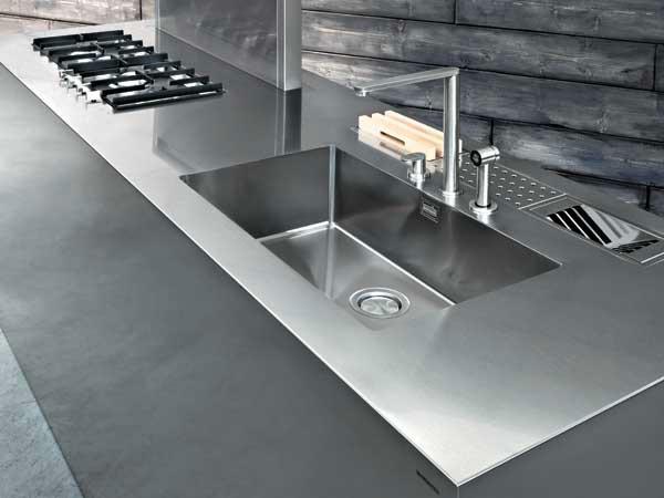 Top per la tua cucina saba arredamenti - Top cucina acciaio inox prezzo ...